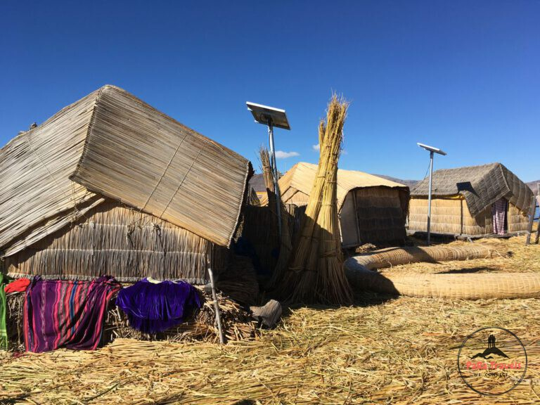 Floating uros islands